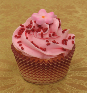 tangy strawberry cupcake