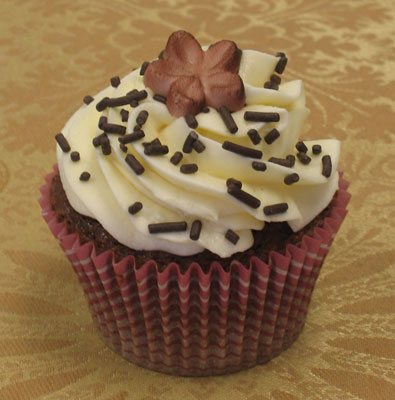 chocolate cheesecake cupcake