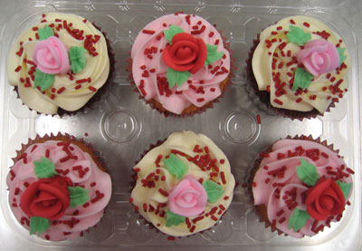 Red Velvet & Pink Champagne Cupcakes w/Roses